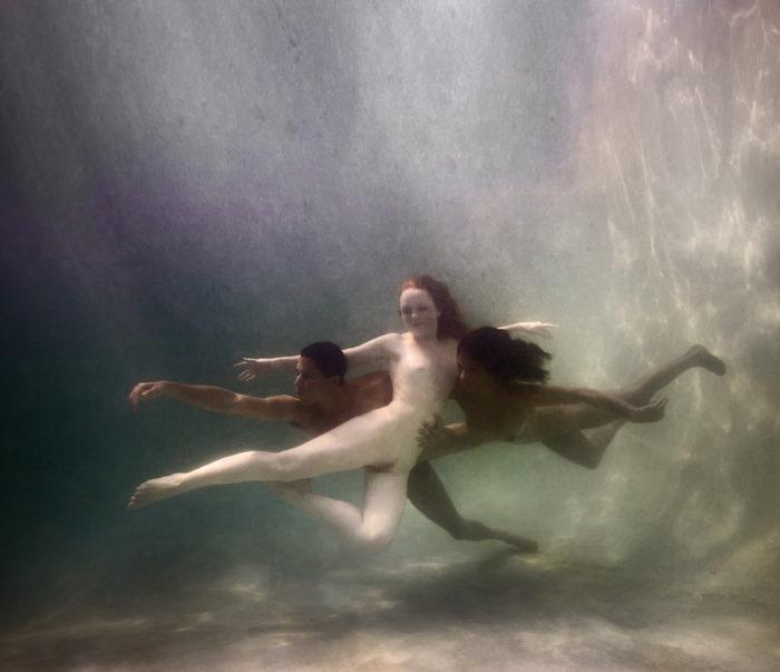 fotografia-corpi-nudi-donne-uomini-sotto-acqua-underwater-ed-freeman-14