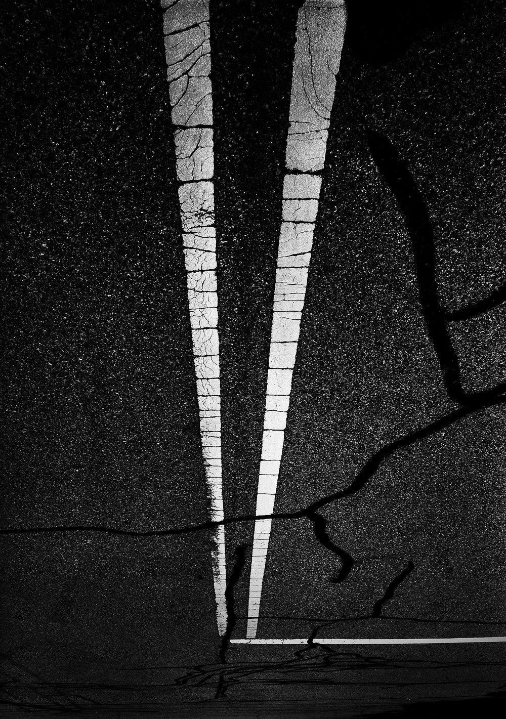 fotografia-notturna-bianco-nero-strade-sembrano-cielo-stellato-michael-massaia-8