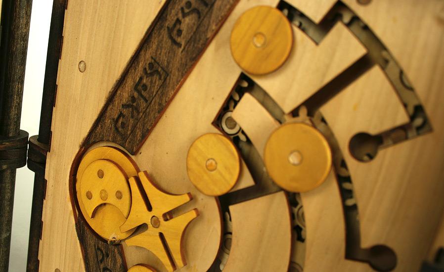 libro-legno-artigianale-puzzle-meccanici-da-risolvere-codex-silenda-brady-whitney-06