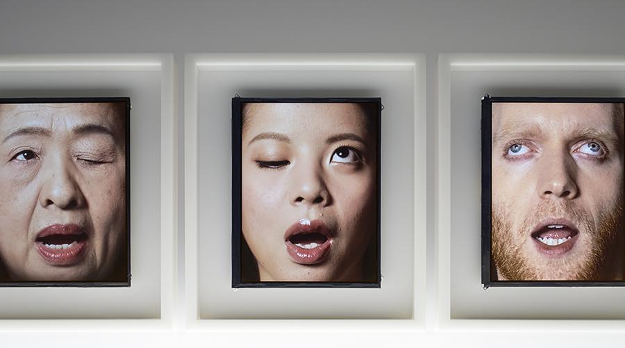 orologio-volto-umano-scandisce-ora-patience-we-plus-tokyo-6