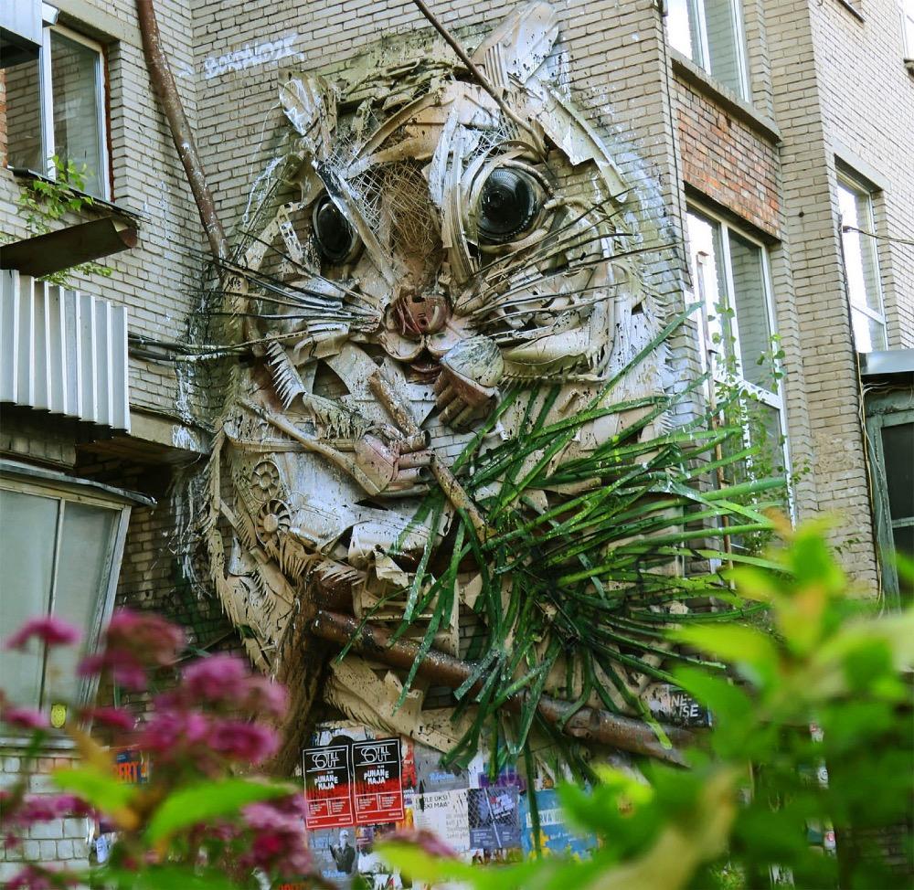 scoiattolo-gigante-street-art-bordaloii-tallin-estonia-7
