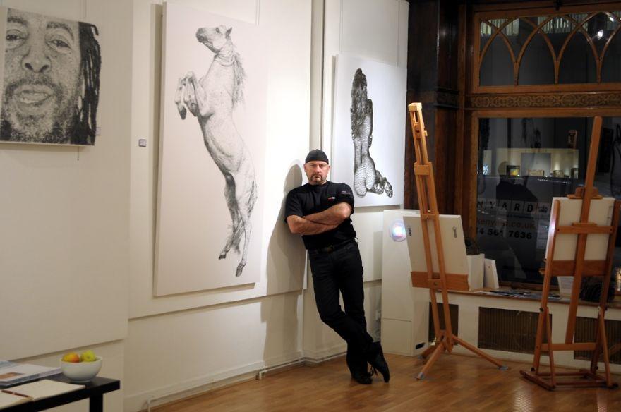 sculture-figurative-fatte-migliaia-chiodi-marcus-levine-04