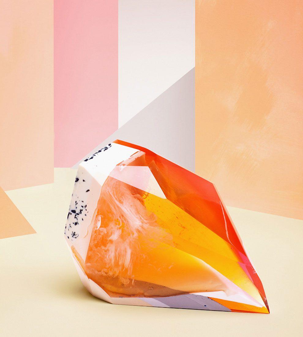 sculture-resina-forma-cristalli-interpretano-profumi-laboratory-perfumes-zuza-mengham-13