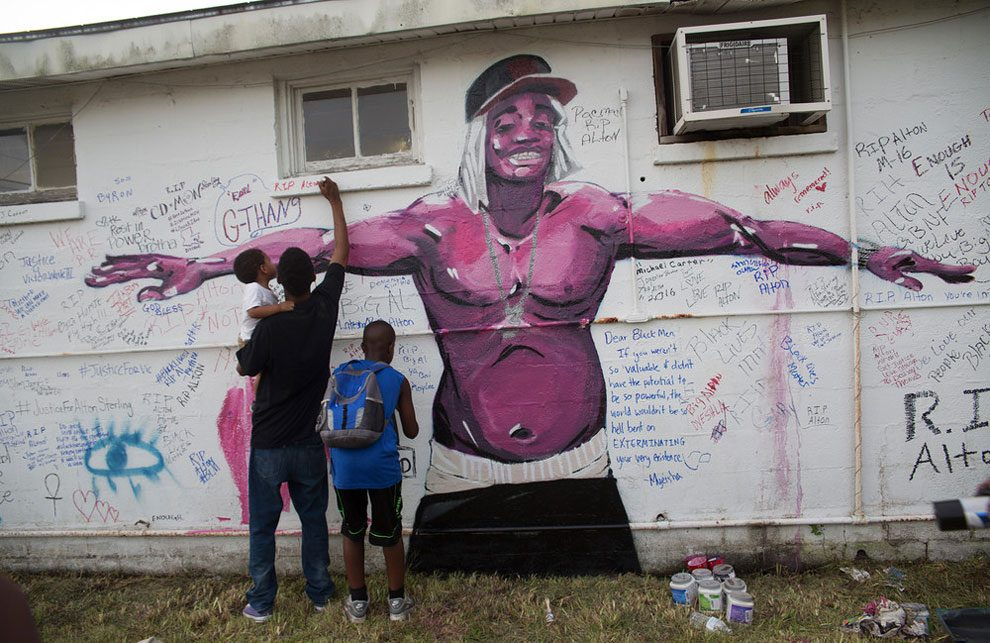street-art-popolo-contro-potere-11