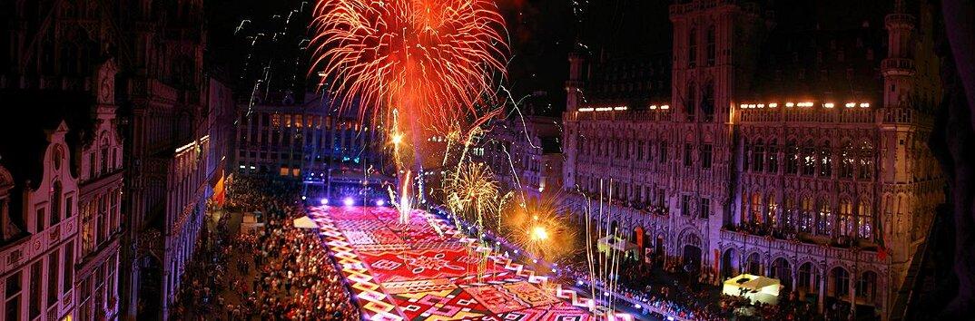 tappeto-fiori-petali-street-art-tapis-de-fleur-grand-place-bruxelles-21