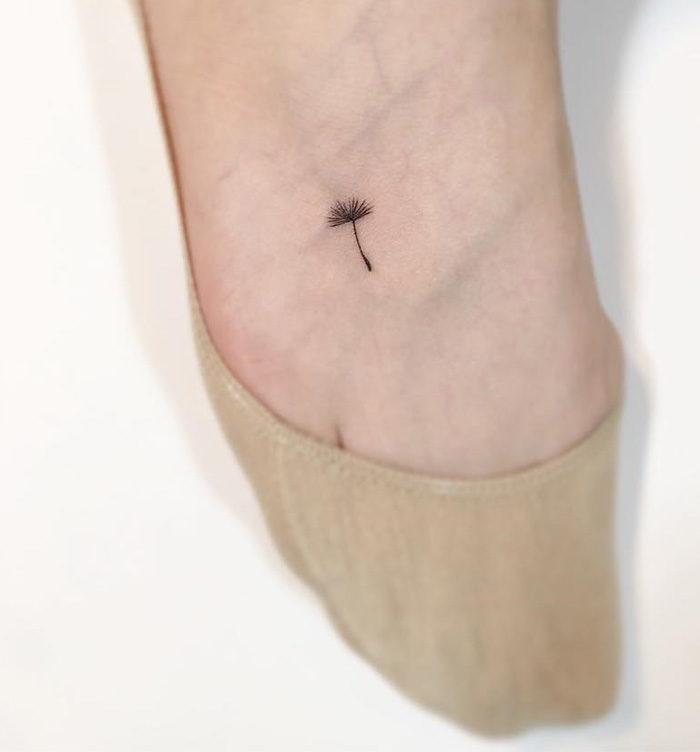 tatuaggi-minimali-linee-sottili-playground-tattoo-18