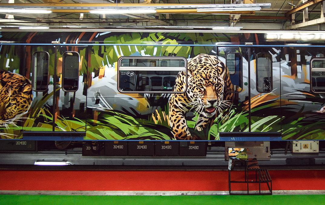treno-metropolitana-mosca-illustrazioni-tigri-leopardi-viktor-miller-gausa-02