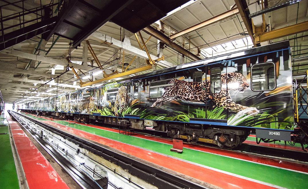 treno-metropolitana-mosca-illustrazioni-tigri-leopardi-viktor-miller-gausa-09
