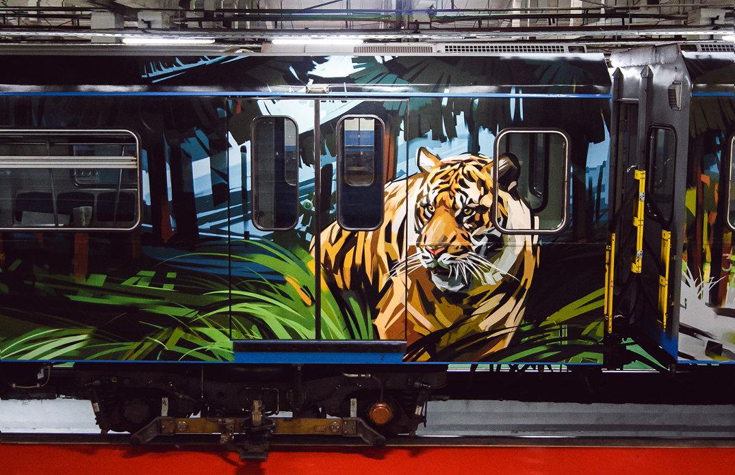 treno-metropolitana-mosca-illustrazioni-tigri-leopardi-viktor-miller-gausa-15