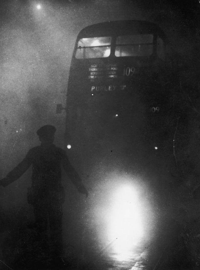 vecchie-foto-vintage-londra-nebbia-ventesimo-secolo-10