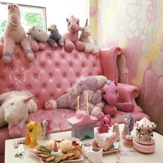 caffe-tema-unicorni-unicorn-cafe-bangkok-05