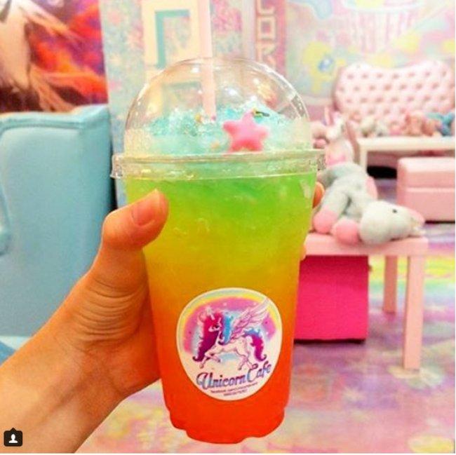 caffe-tema-unicorni-unicorn-cafe-bangkok-09