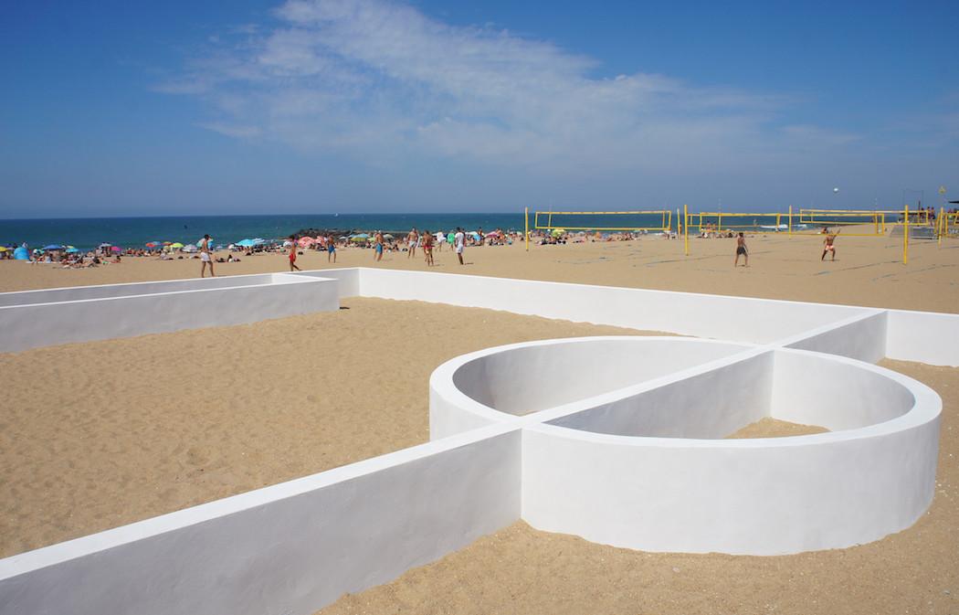 campo-calcio-muri-strisce-installazione-arte-benedetto-bufalino-3