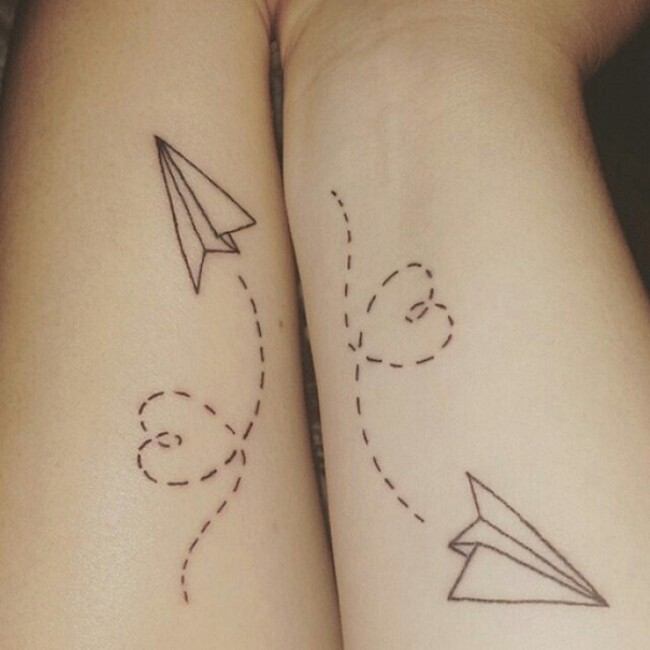 esempi-tatuaggi-coppia-amici-17