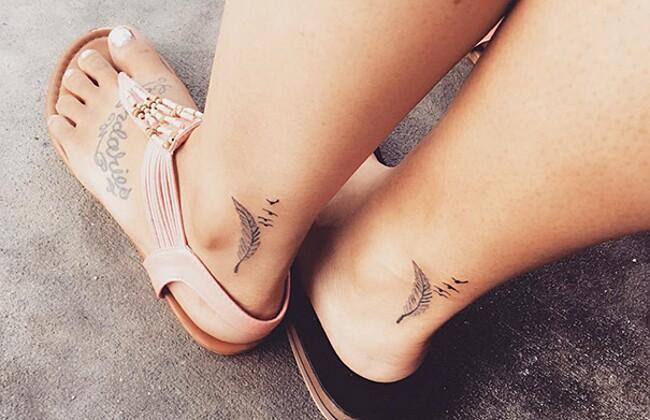 esempi-tatuaggi-coppia-amici-24