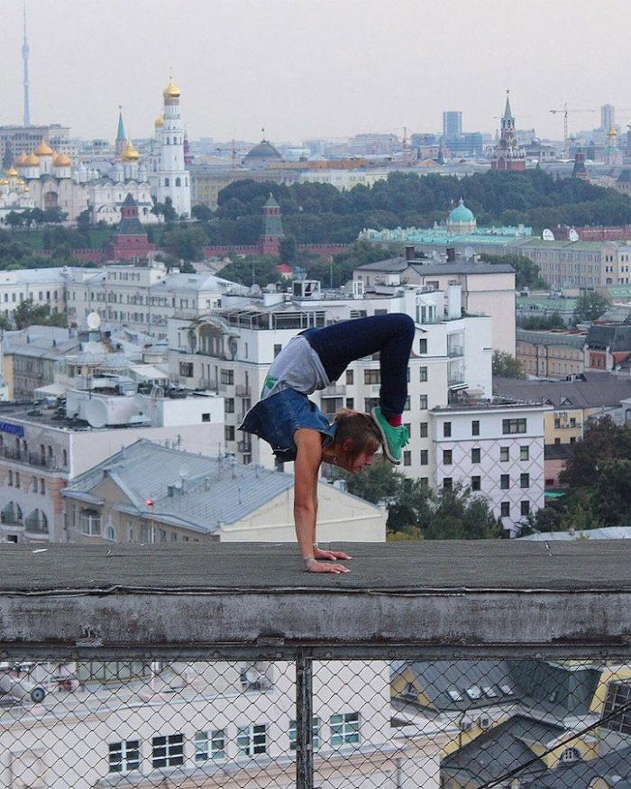 foto-cima-edifici-alti-selfie-angela-nikolau-03