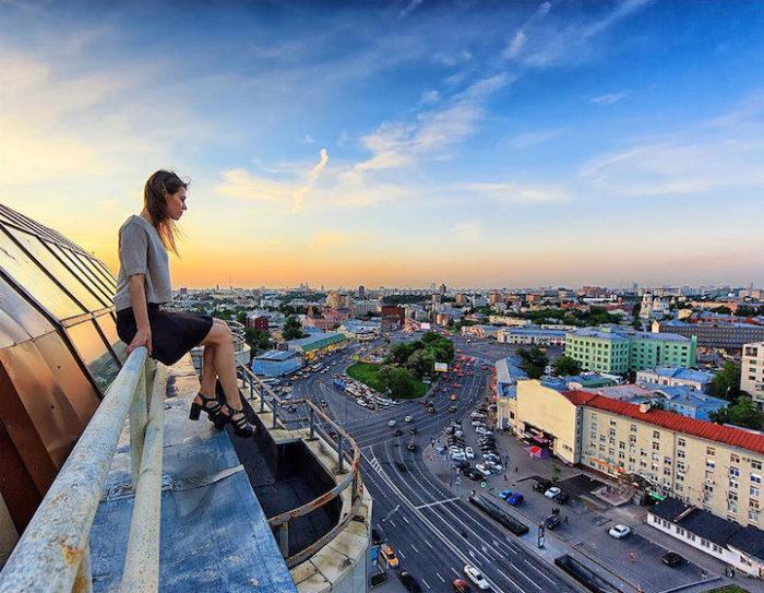 foto-cima-edifici-alti-selfie-angela-nikolau-04