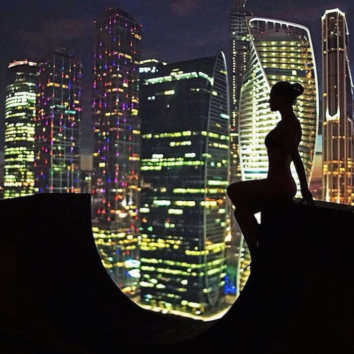 foto-cima-edifici-alti-selfie-angela-nikolau-07