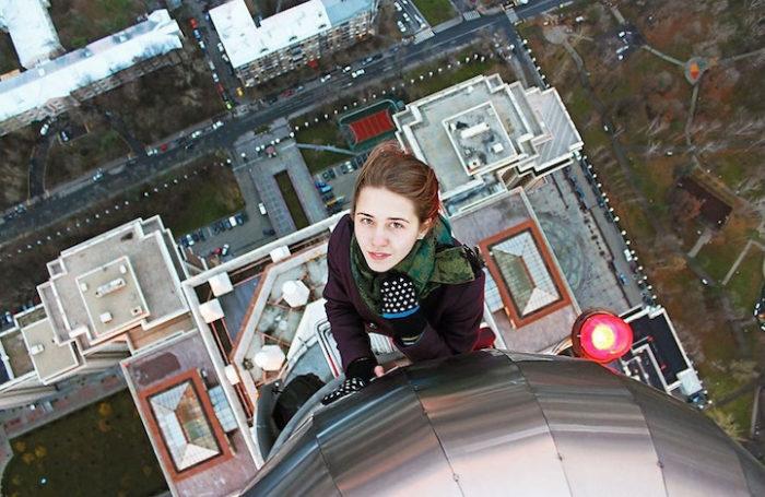 foto-cima-edifici-alti-selfie-angela-nikolau-10