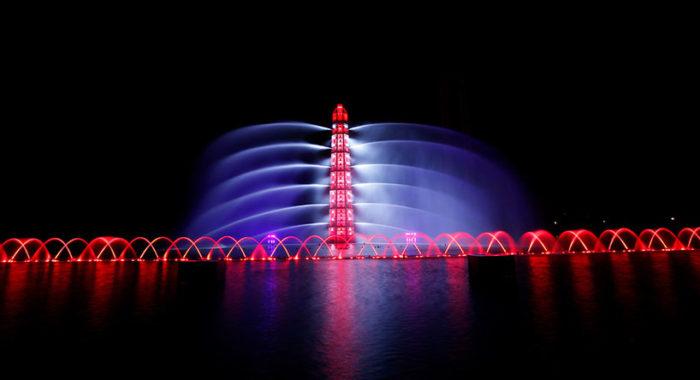 lake-of-illusion-scultura-architettonica-spettacolo-luci-eca2-shangai-cina-03