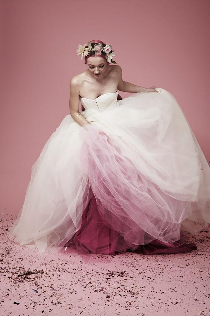 moda-dip-dye-vestito-sposa-colorato-23