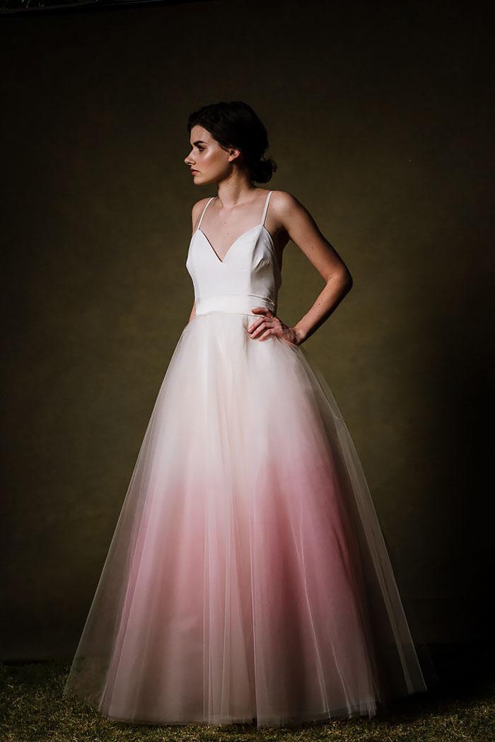 moda-dip-dye-vestito-sposa-colorato-24