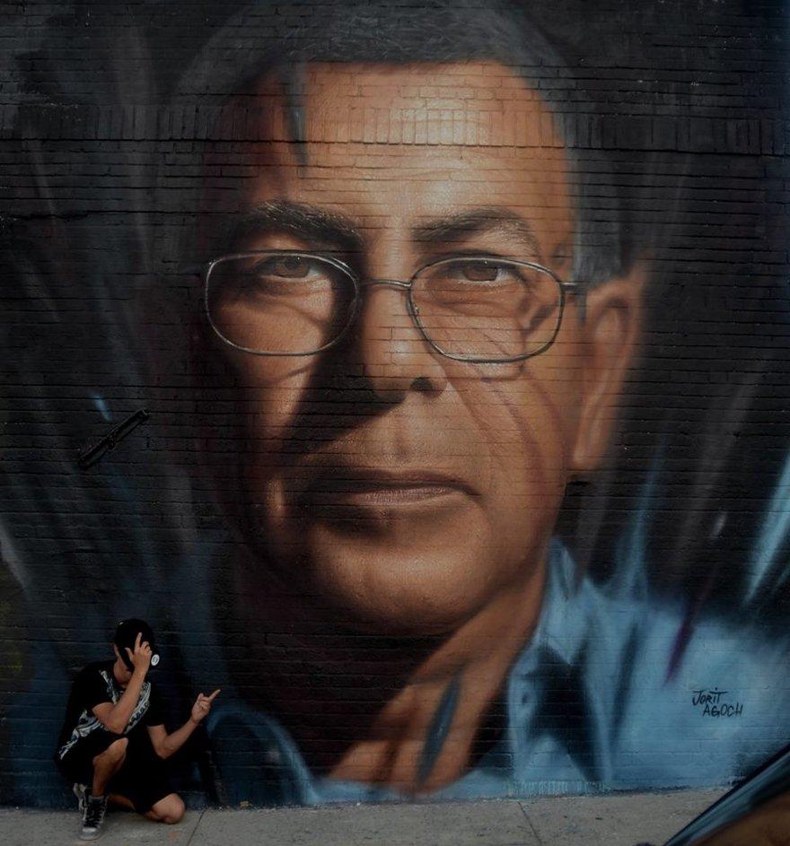 murales-graffiti-street-art-iperrealista-jorit-agoch-06