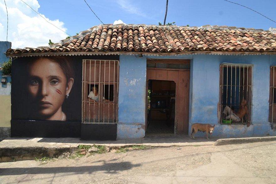 murales-graffiti-street-art-iperrealista-jorit-agoch-15