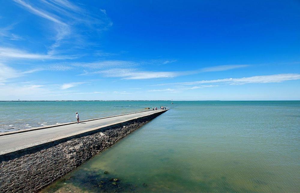 strada-scompare-sotto-acqua-marea-passage-du-gois-francia-5