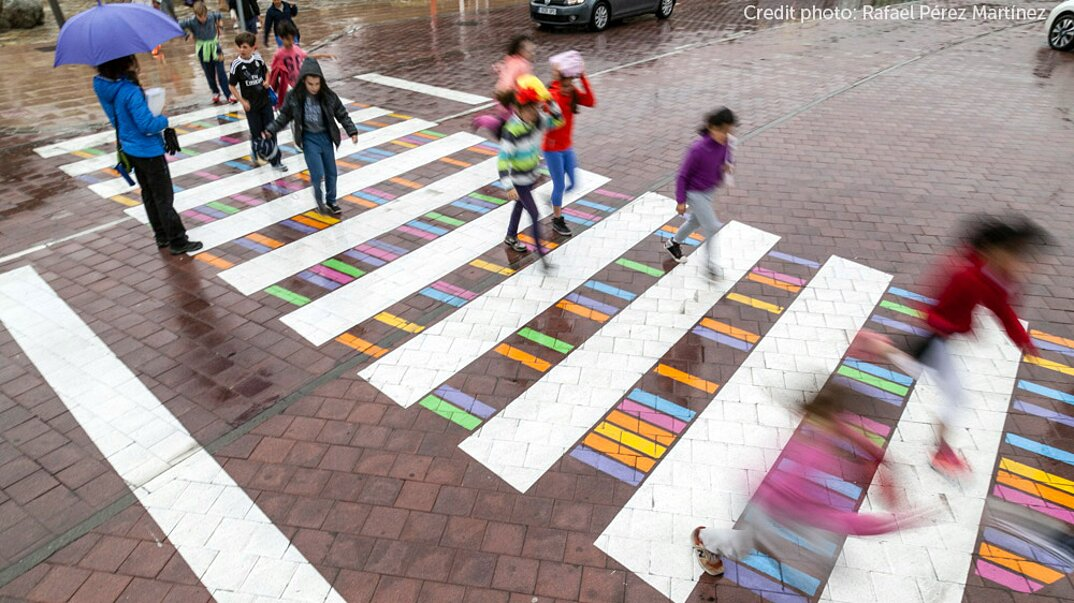 strisce-pedonali-decorate-arte-christo-guelov-funnycross-madrid-09