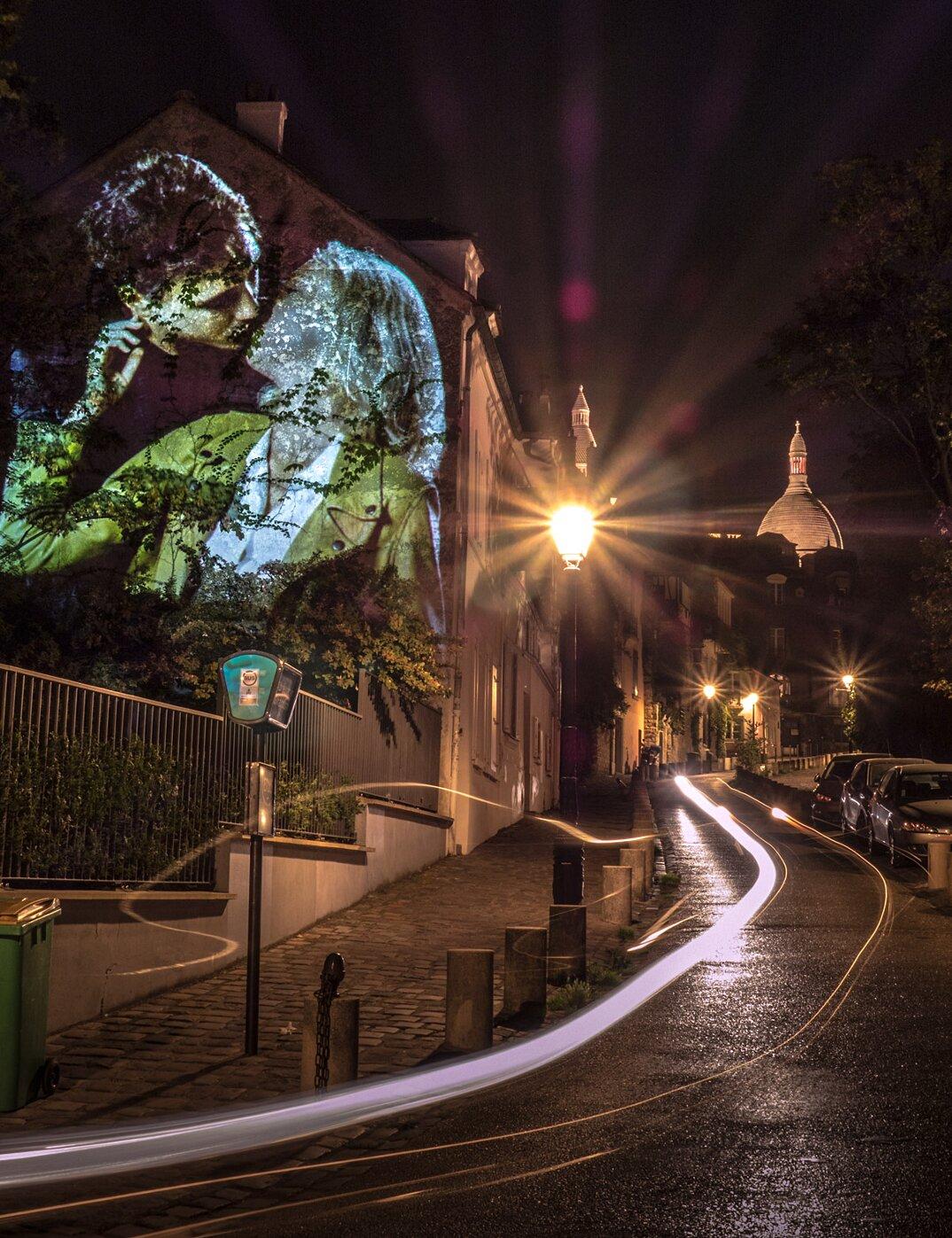 digital-street-art-parigi-coppie-baci-nuit-blanche-2016-julienne-nonnon-04