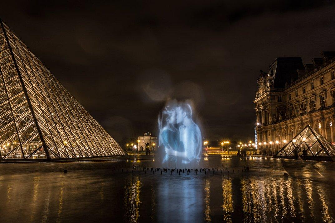 digital-street-art-parigi-coppie-baci-nuit-blanche-2016-julienne-nonnon-12