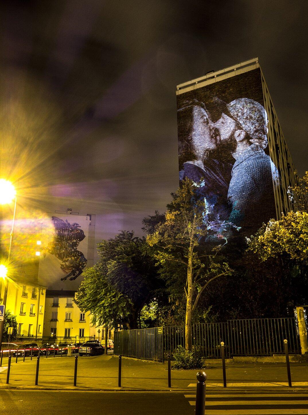 digital-street-art-parigi-coppie-baci-nuit-blanche-2016-julienne-nonnon-14