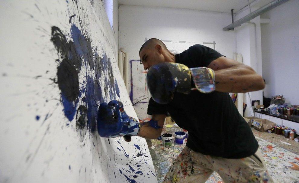 dipinti-pugni-guantoni-omar-hassan-08