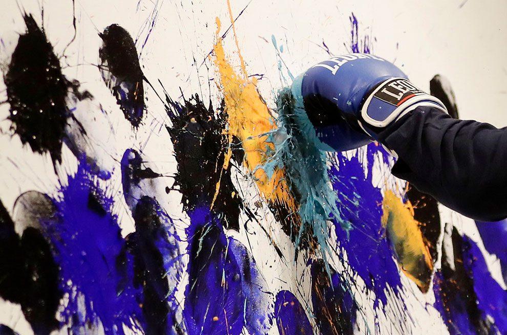 dipinti-pugni-guantoni-omar-hassan-13