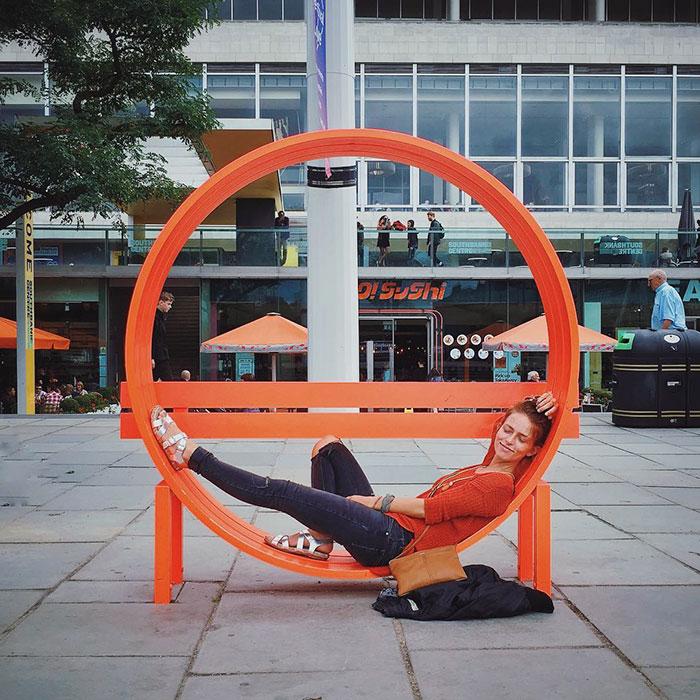 panchine-creative-bizzarre-arte-urbana-mondo-14