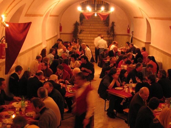 ristoranti-incredibili-bizzarri-originali-mondo-24