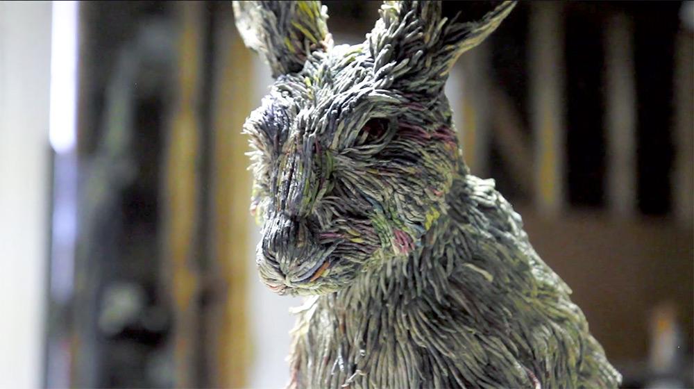 sculture-animali-grandezza-reale-carta-giornali-arrotolati-chie-hitotsuyama-10