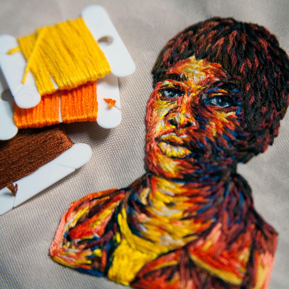 arte-ricamo-ritratti-colorati-danielle-clough-7