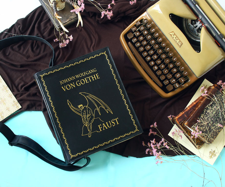 borse-pelle-artigianali-copertine-libri-famosi-krukru-studio-04