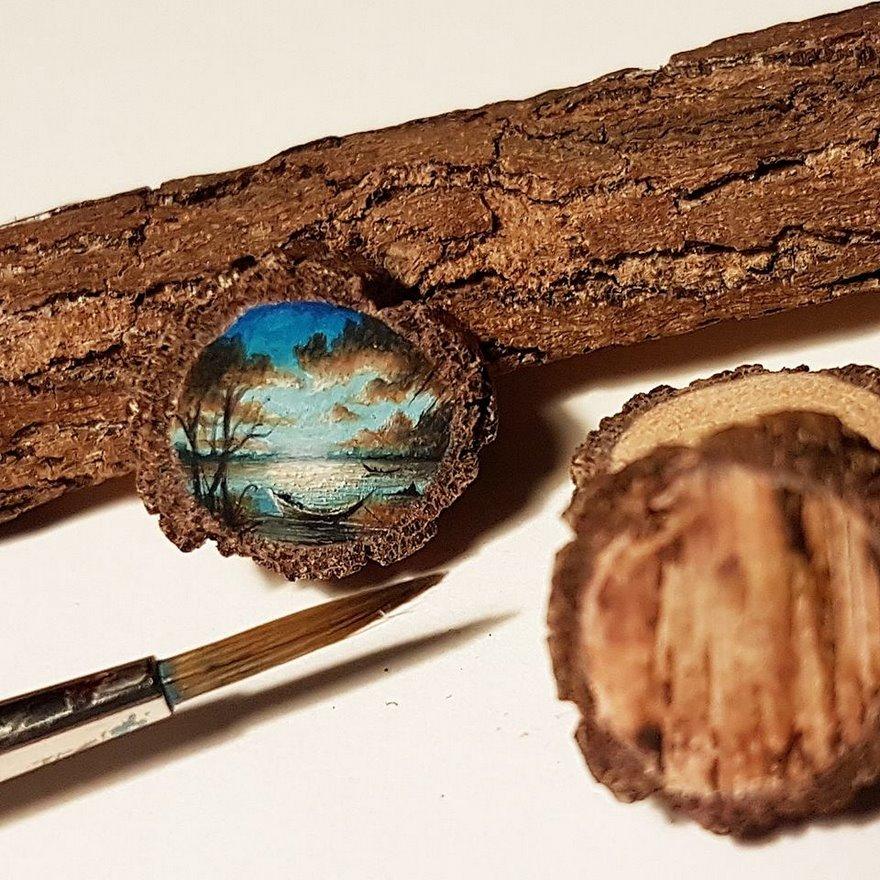 Incredibili dipinti in miniatura su oggetti piccolissimi