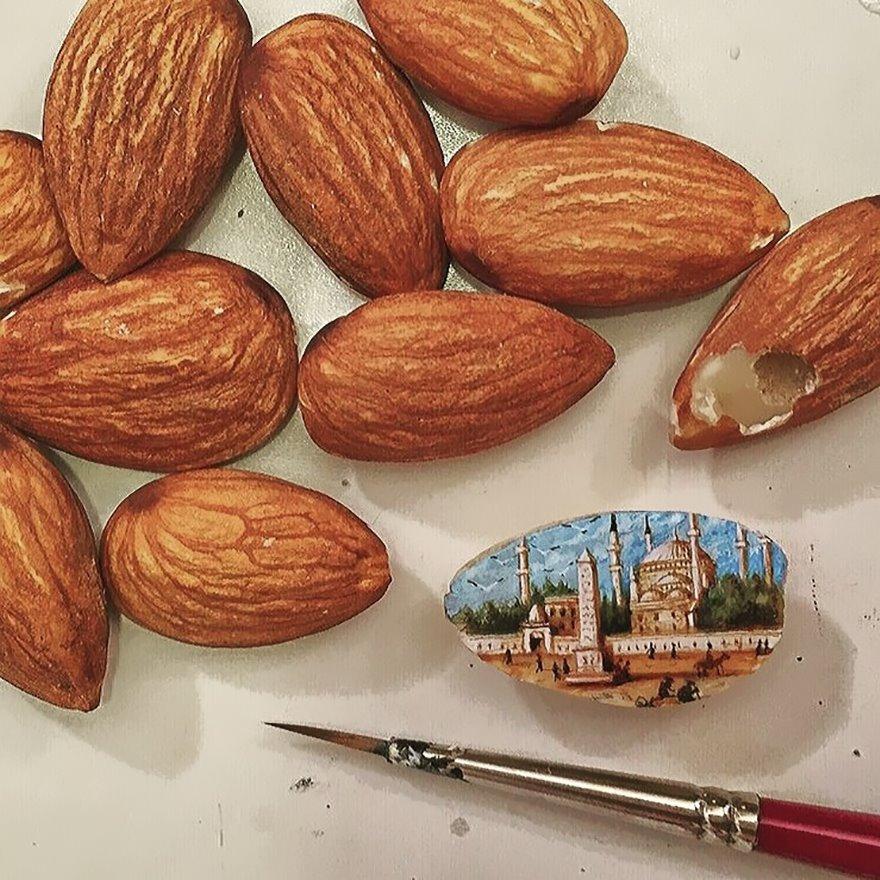dipinti-miniatura-piccoli-oggetti-hasan-kale-14