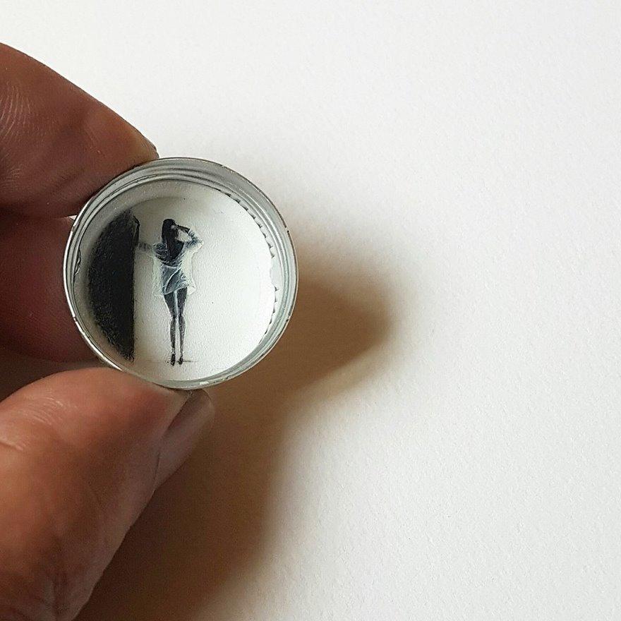 dipinti-miniatura-piccoli-oggetti-hasan-kale-17