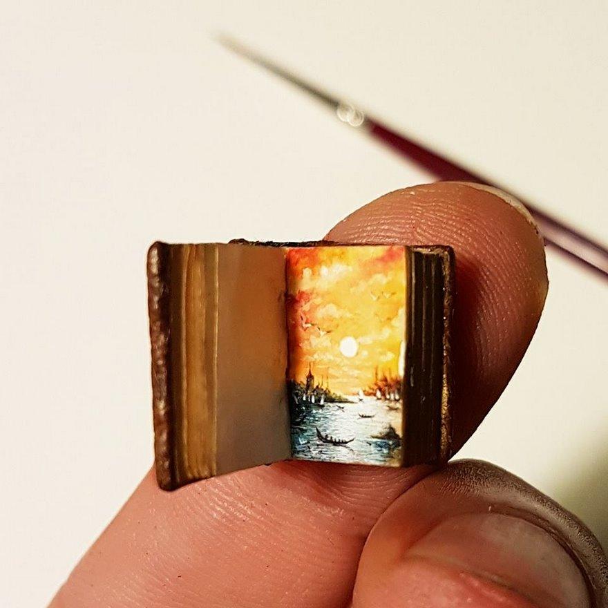 dipinti-miniatura-piccoli-oggetti-hasan-kale-19