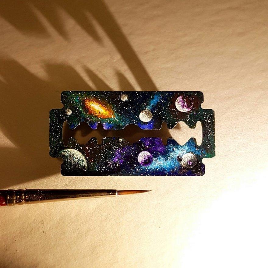 dipinti-miniatura-piccoli-oggetti-hasan-kale-22