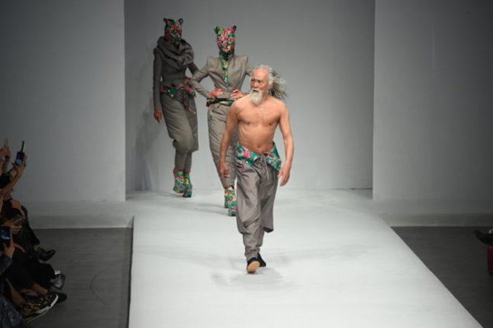 modello-80-anni-nonno-sexy-cina-wang-deshun-6