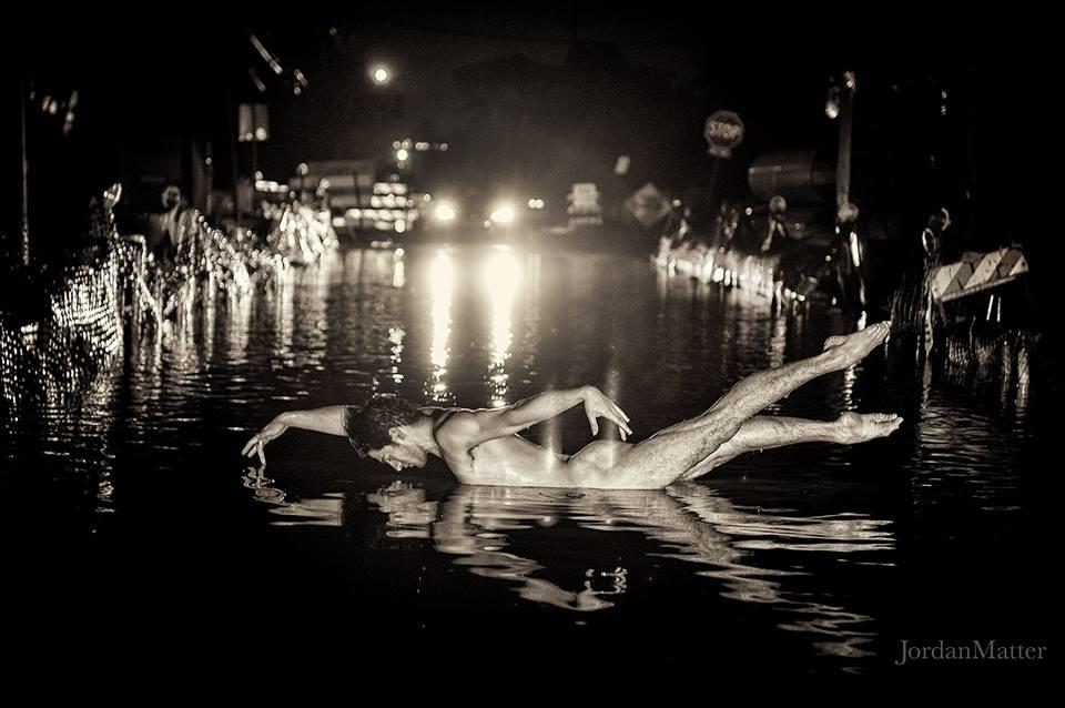 ballerini-nudi-danzano-strade-notte-dancers-after-dark-jordan-matter-03
