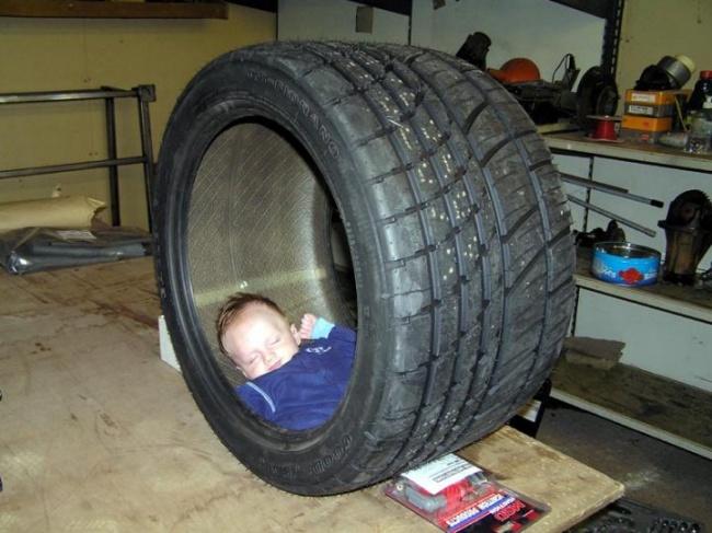 foto-divertenti-bambini-dormono-ovunque-13