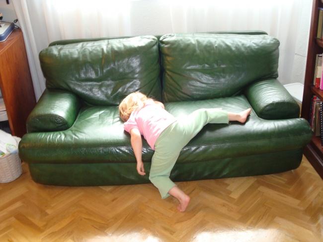 foto-divertenti-bambini-dormono-ovunque-17