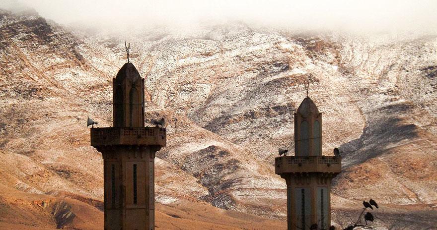 foto-rare-neve-deserto-sahara-karim-bouchetata-4